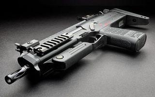 Бесплатные фото пистолет-автомат,ствол,курок,рукоять,металл