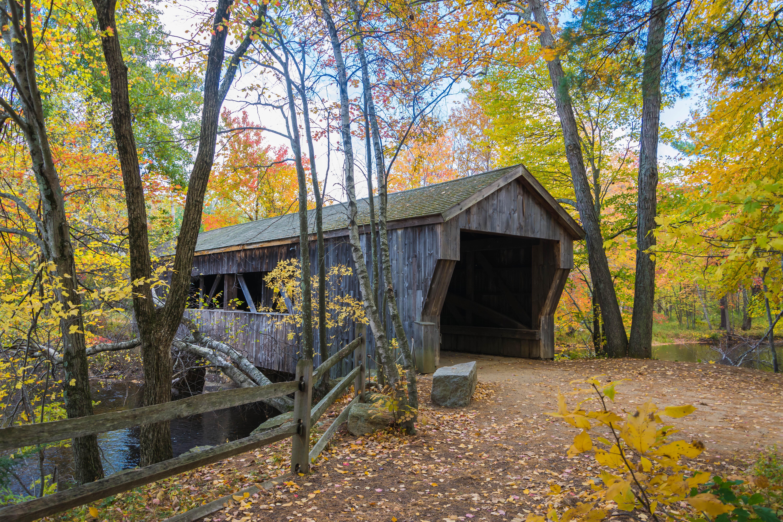 обои Covered Bridge, Массачусет, осень, река картинки фото