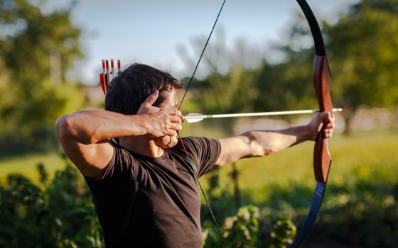 Photo free bow, arrow, man