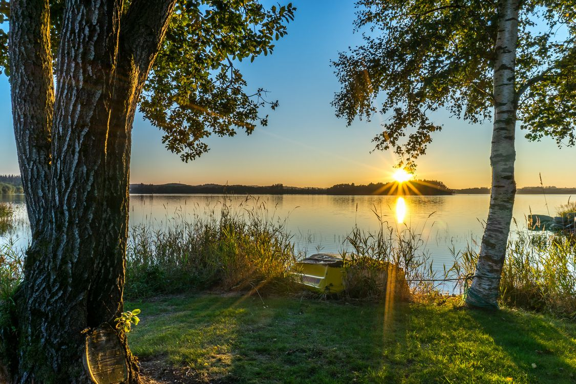Photos for free lake, landscape, boat - to the desktop