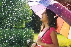 Бесплатные фото прогулка под дождем, зонтик