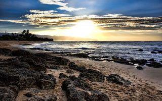 Бесплатные фото берег,песок,камни,море,волны,небо,солнце