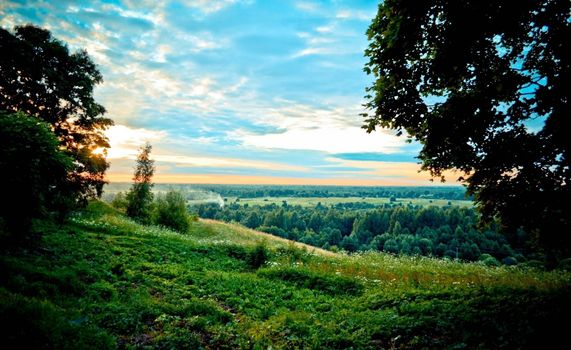 Заставки красивый пейзаж, холм, лето