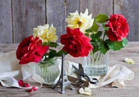 розы, Эйфелева Башня, сувенир, ножницы, книга