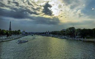 Заставки Париж,эйфелева башня,река,Сена,трамвайчик,набережная