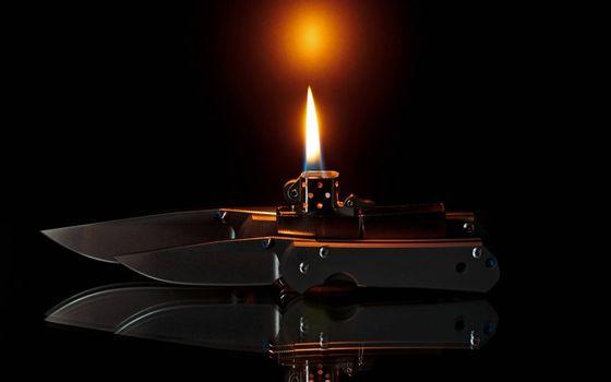 Бесплатные фото нож,лезвие,рукоять,отражение,зажигалка,пламя,огонь