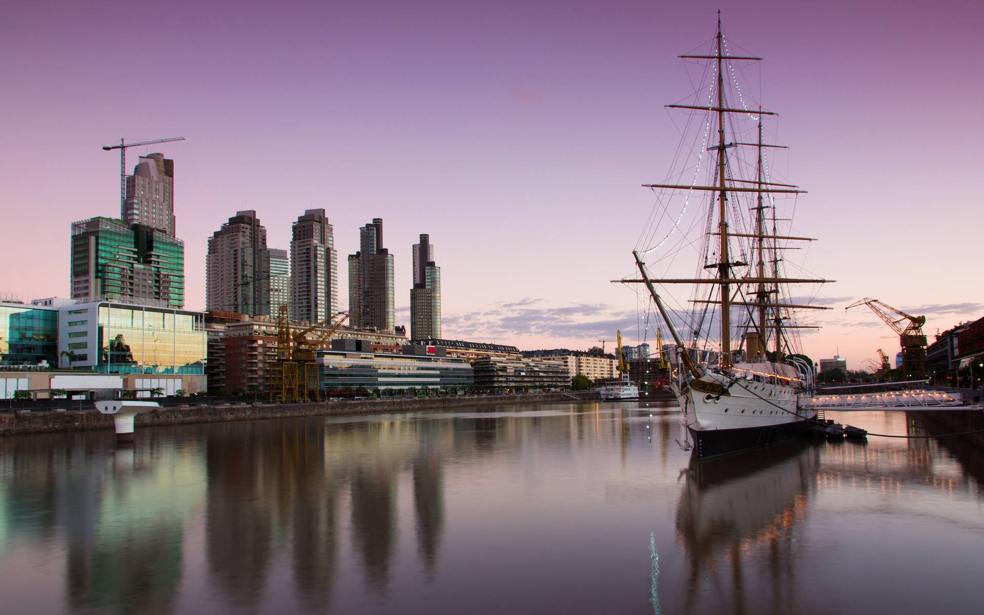 Обои судно, парусник, порт, город