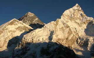 Бесплатные фото горы,скалы,вершины,тень,небо