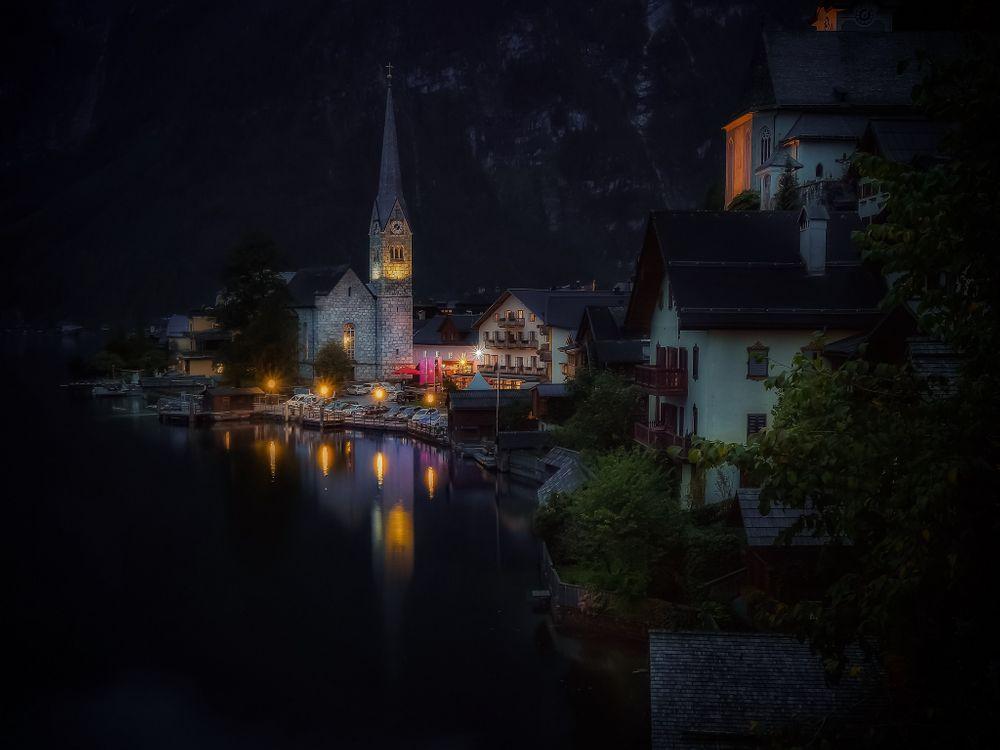Обои Hallstatt, Austria, Lake Hallstatt, Alps, Гальштат, Австрия, Гальштатское озеро, Альпы, озеро, горы, дома на телефон | картинки город