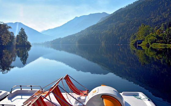Фото бесплатно река, деревья, катер