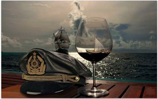 Заставки кепка, фуражка, бокал, лодка, море, корабль, паруса