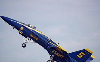 Бесплатные фото самолет, истребитель, кабина, пилот, крылья, хвост, шасси