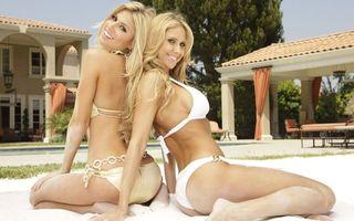 Бесплатные фото В купальниках,Lisa Chandler,Mariza,песок