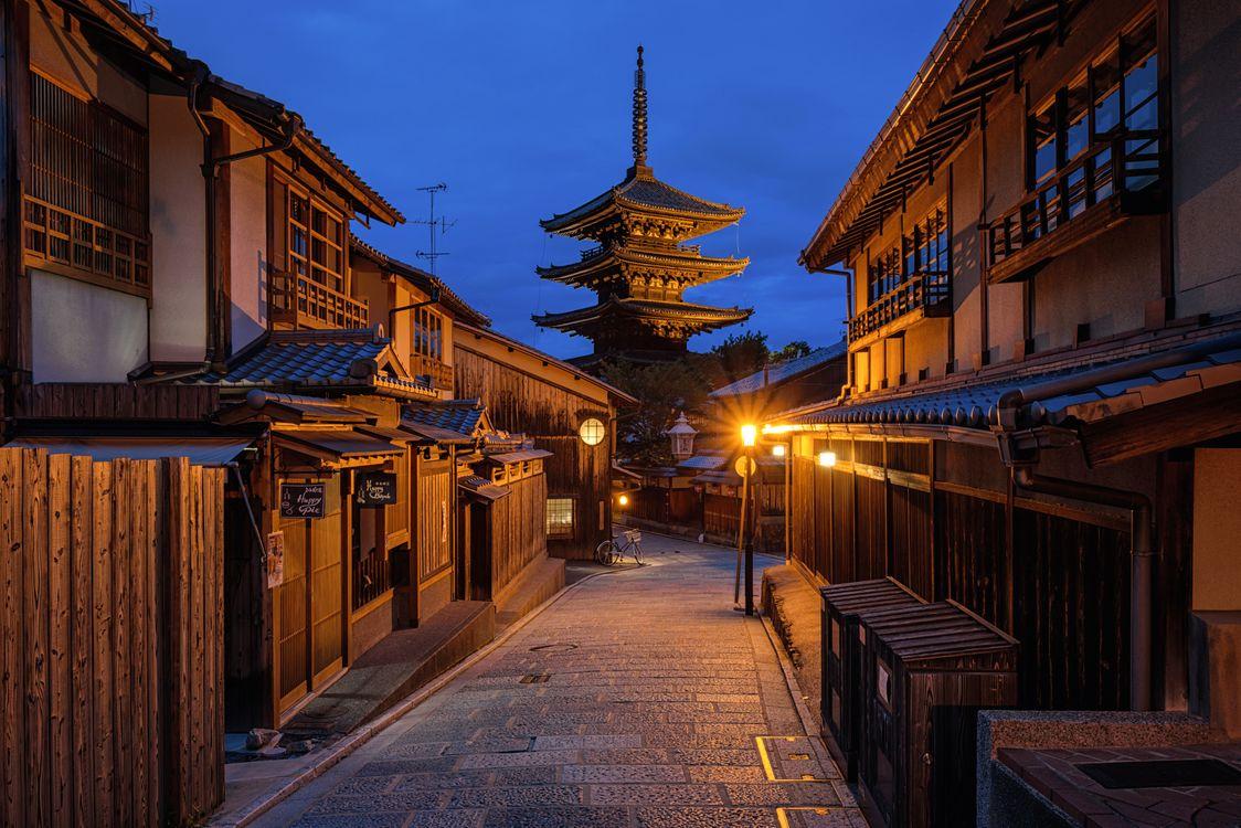 Фото бесплатно Киото, Япония, ночь, улица, дома, дорога, город