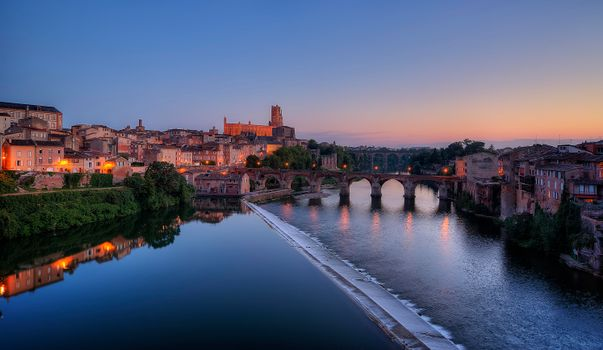 Photo free river Tarn, old town Albi, France