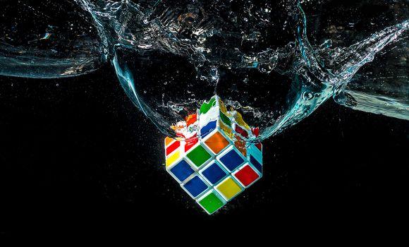 Фото кубика Рубика
