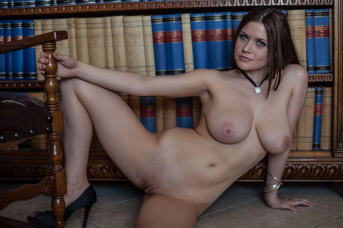 Фото бесплатно marjana a, модель, красотка, голая, голая девушка, обнаженная девушка, позы, поза, сексуальная девушка, эротика, эротика