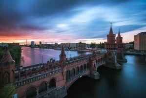 Бесплатные фото Берлин,река,башни,мост,Германия