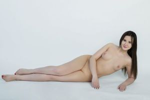 Бесплатные фото Marra, красотка, голая, голая девушка, обнаженная девушка, позы, поза