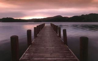 Бесплатные фото мостик,доски,бревна,озеро,берег,холмы,небо