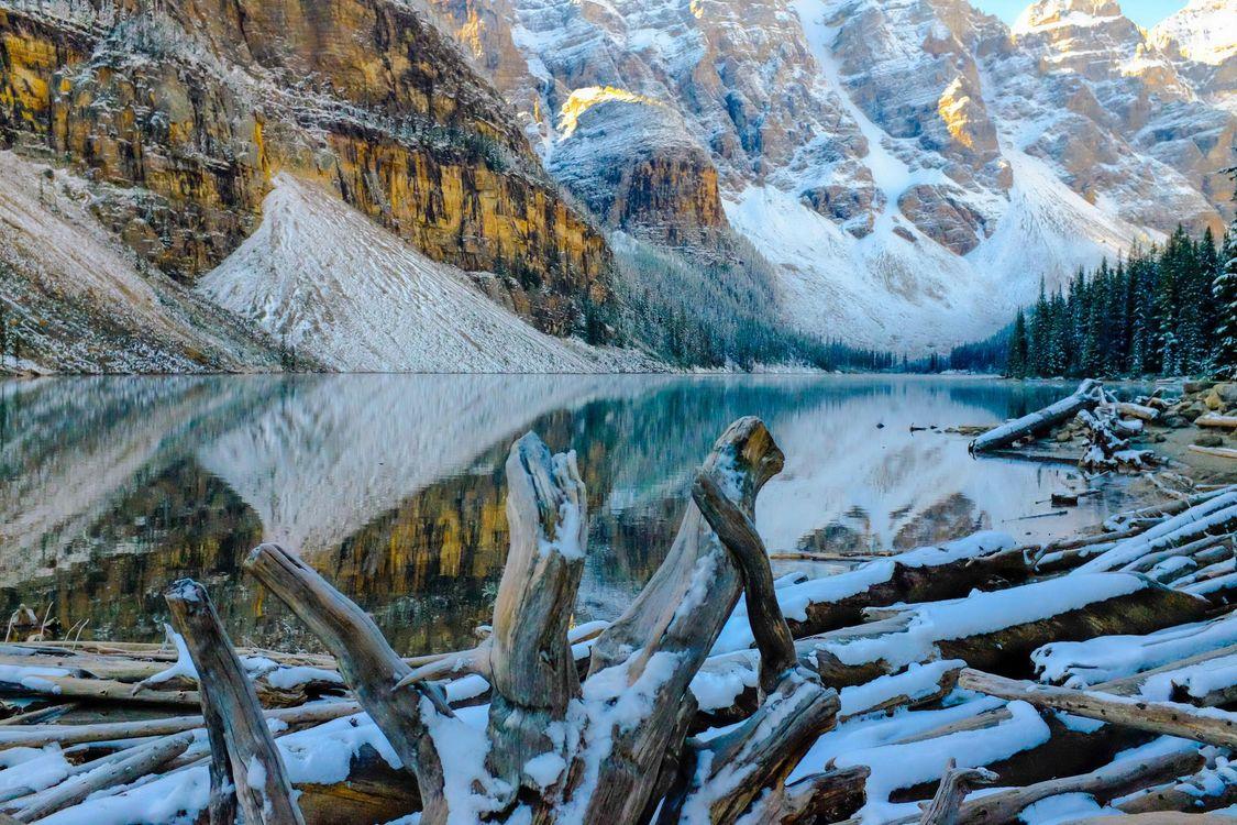Фото бесплатно Озеро Морейн, Альберта, Канада - на рабочий стол