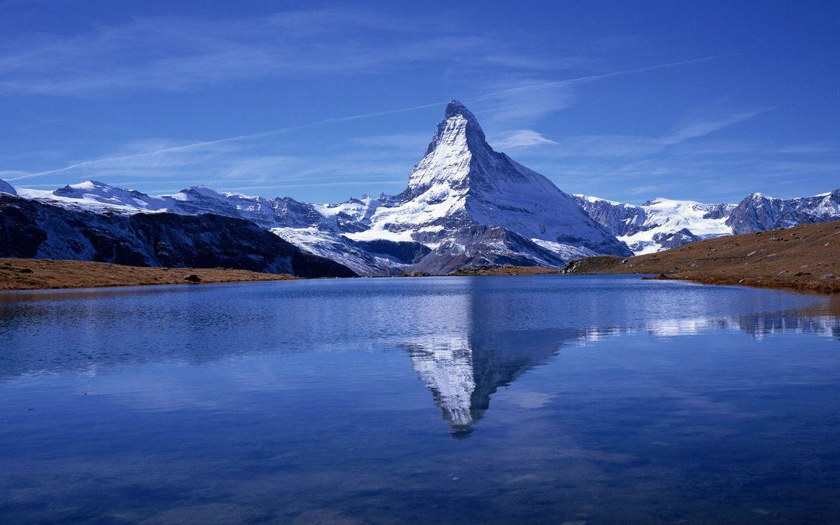 Фото бесплатно озеро, отражение, горы, скалы, снег, небо, пейзажи