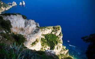 Бесплатные фото побережье,горы,скалы,камни,растительность,высота,море