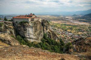 Фото бесплатно The Monastery of RousanouSt Barbara, Meteora, Greece