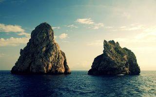 Заставки море, скалы, утесы, горизонт, небо, облака