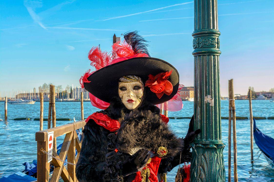 Обои карнавал, маска, маски, венеция, италия, Carnival Venice, Italy, стиль, карнавал в венеции, праздник, венецианская маска, венецианские маски, костюмы, наряды, венецианский карнавал на телефон | картинки стиль
