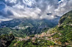 Заставки Италия,Amalfi,Italia,горы,дома,дорога,город