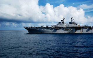 Фото бесплатно море, корабль, вертолетоносец