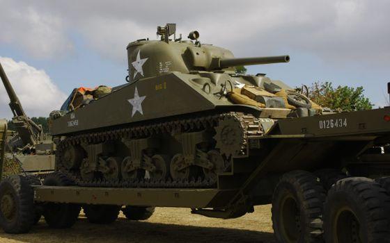 Фото бесплатно война, танк, везут