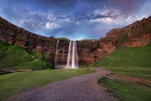 Бесплатные фото водопад, Исландия, Млечный Путь, горы, скалы, мостик, небо