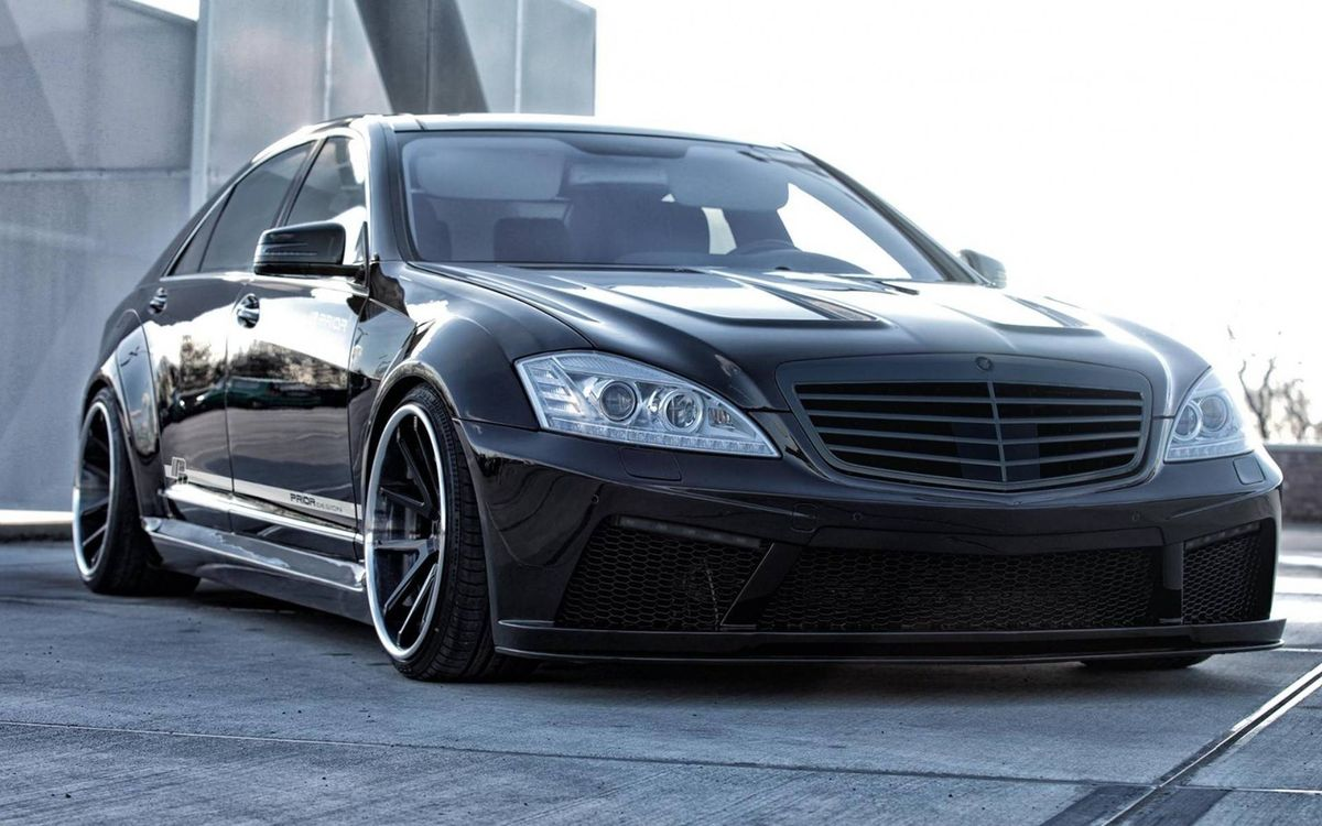 Free photo Mercedes, black, mirrors, lights, grille, wheels - to desktop