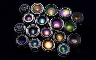 Бесплатные фото объективы,стекла,линзы,цветные,надписи,фон черный