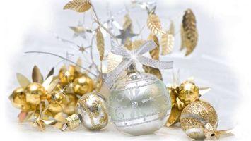 Фото бесплатно новый год, игрушки