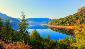 Бесплатные фото УЭЛЬС,ВЕЛИКОБРИТАНИЯ,река,горы,деревья,пейзаж