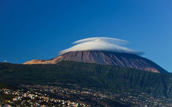 Фото бесплатно гора, облака, холм