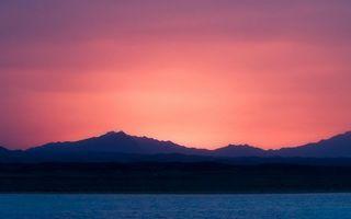 Бесплатные фото вечер,море,побережье,горы,небо,закат