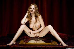 Фото бесплатно голая, Beatrix, поза