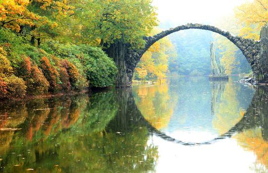 Фото бесплатно мост, лес, осень