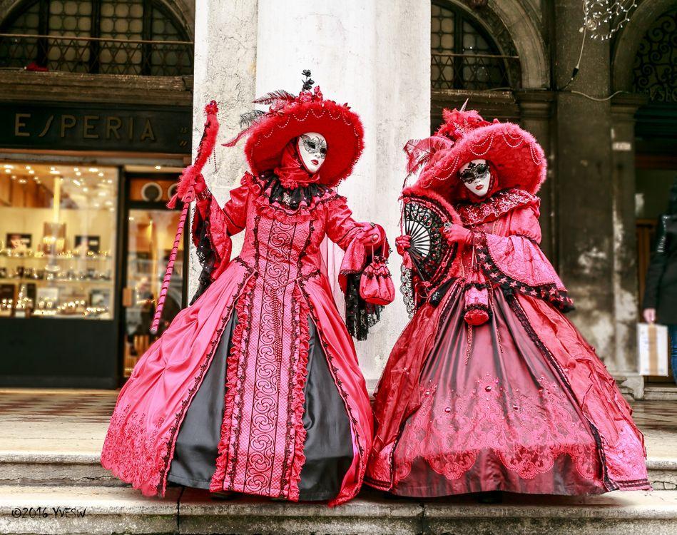 Костюм венецианского карнавала  riorairu