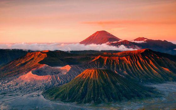 Заставки горы, вулканы, облака