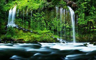 Фото бесплатно водопад, трава, мох