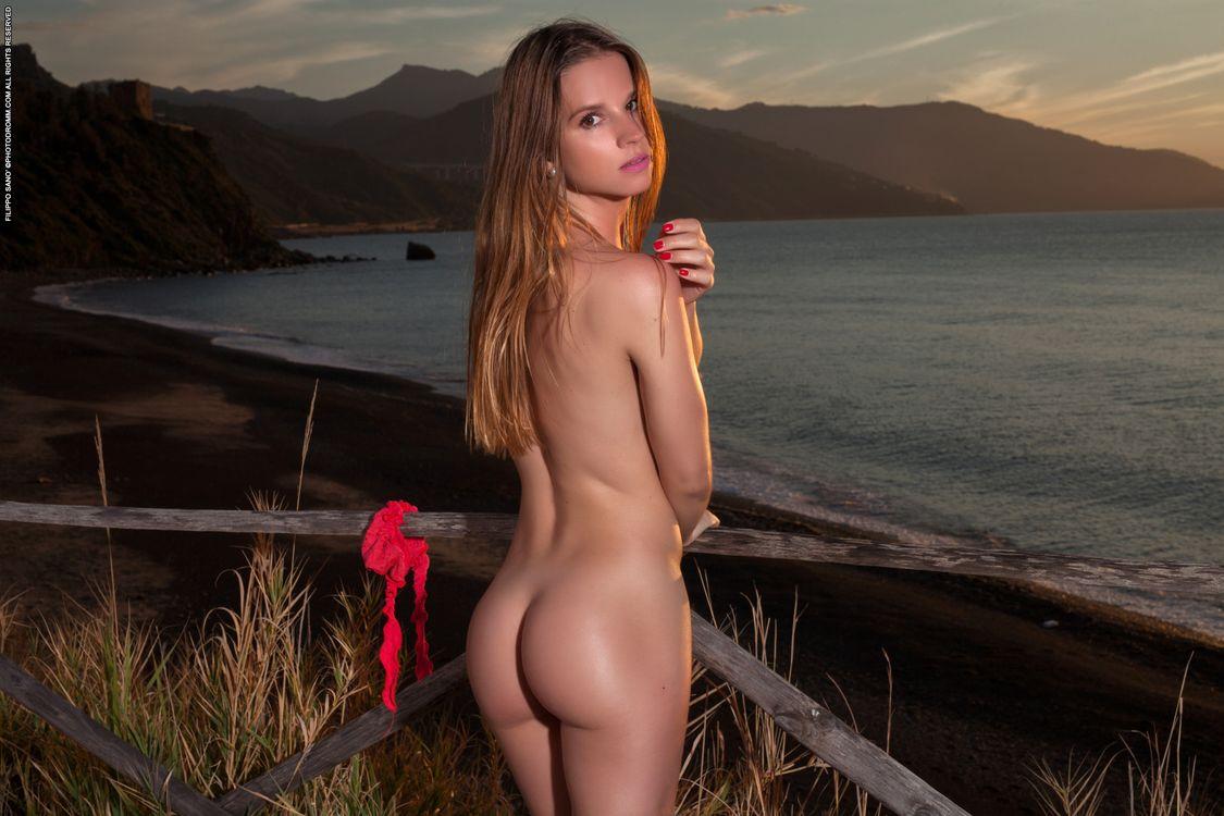 Фото бесплатно Amanda, модель, красотка, голая, голая девушка, обнаженная девушка, позы, поза, сексуальная девушка, эротика, эротика