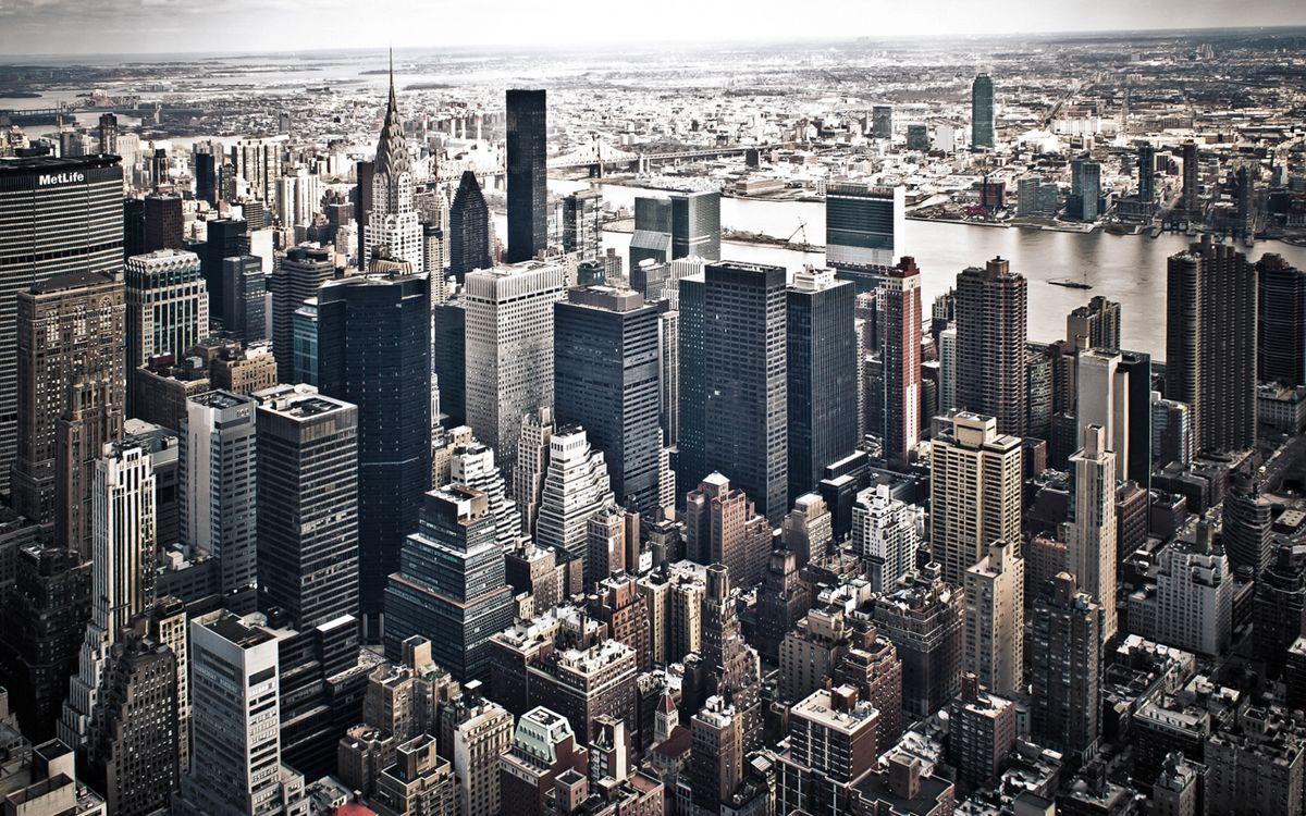 Фото бесплатно дома, небоскребы, здания, крыши, улицы, река, город - скачать на рабочий стол