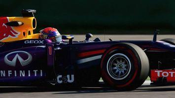 Бесплатные фото формула 1, гонка, болид, пилот, шлем, скорость