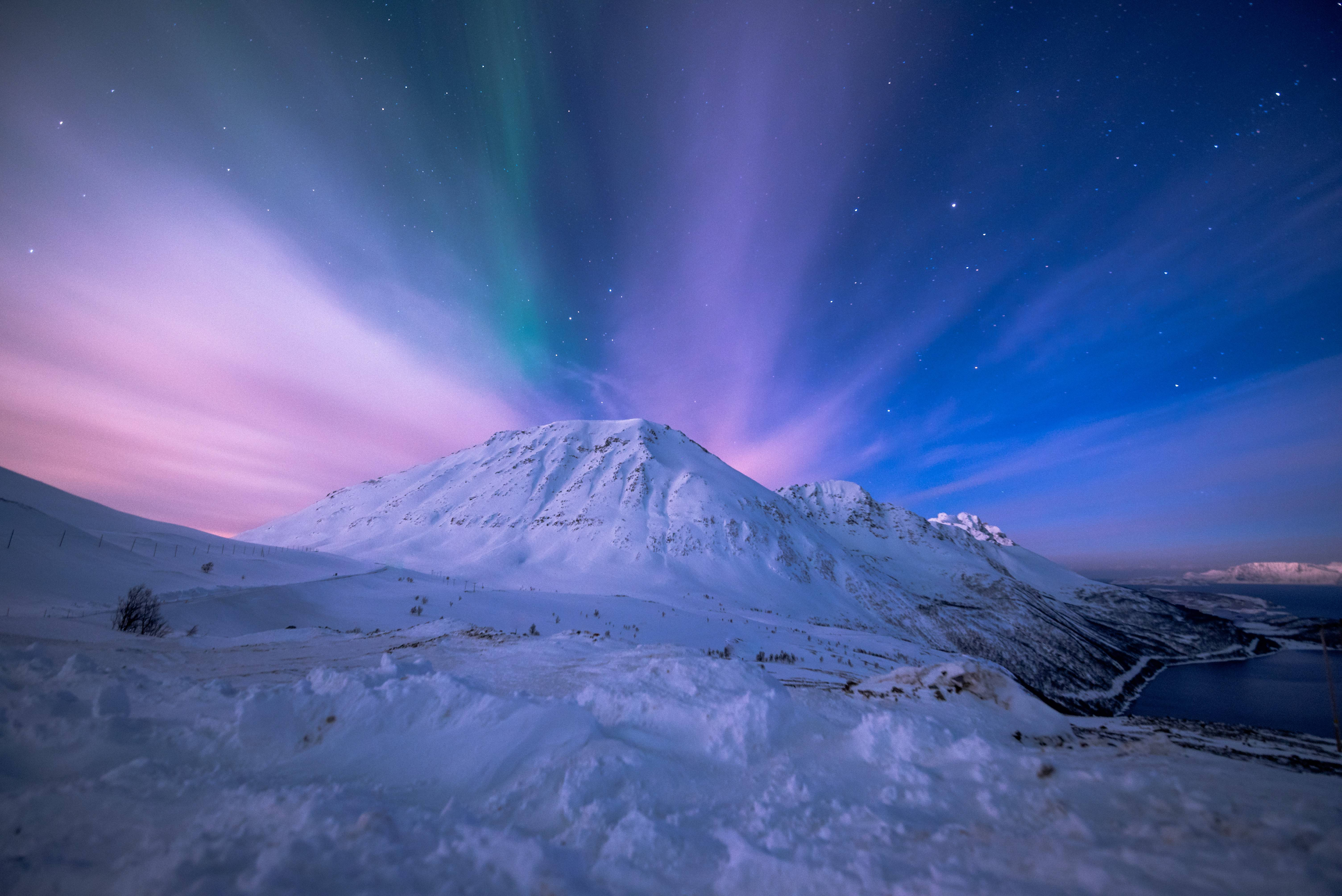 обои Норвегия, горы, ночь, сияние картинки фото