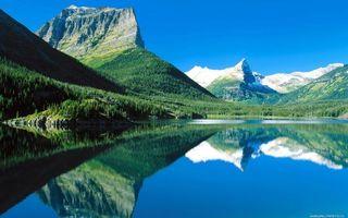 Бесплатные фото озеро, гладь, отражение, горы, скалы, деревья, небо